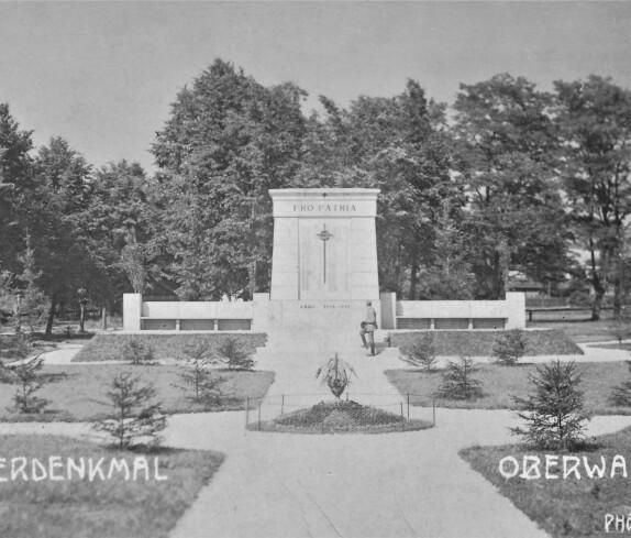 Ansichtskarte: Kriegerdenkmal