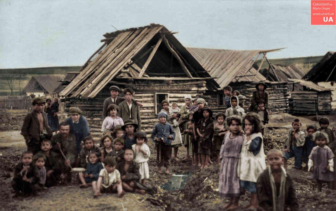 """Kinder und Jugendliche der 1. Romasiedlung in der heutigen Mühlgasse """"Zigeunerkolonie"""" 1857/76 - 1939"""